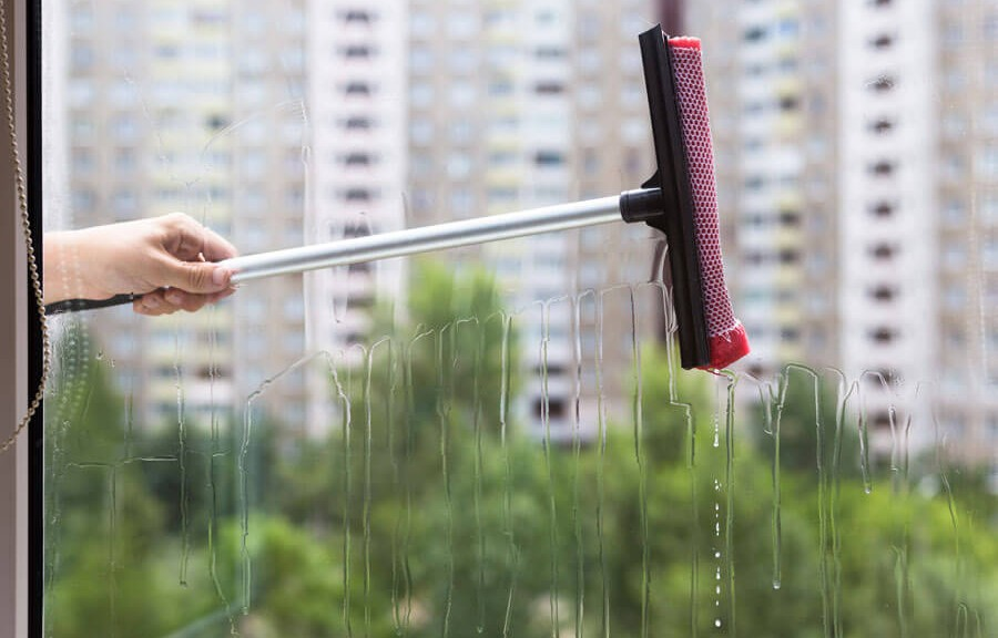Solutions for window cleaning